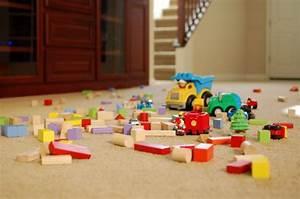 Teppichboden Für Kinderzimmer : kinderzimmer ideen m gliche bodenbel ge f rs kinderzimmer ~ Orissabook.com Haus und Dekorationen