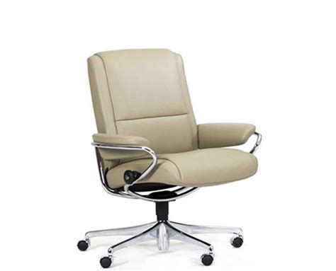 ekornes stressless low back leather recliner and