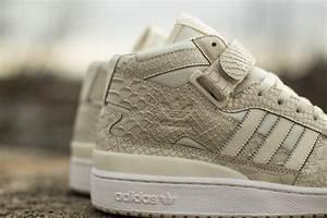 "adidas Forum Mid RS ""Cream White Croc"" | SBD  Mid"