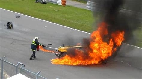 accident recorder 2010 lamborghini gallardo seat position control gallardo burning in lamborghini super trofeo crash