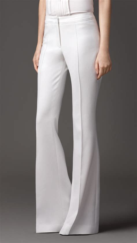 Burberry Tailored Flared Trousers in White (natural white