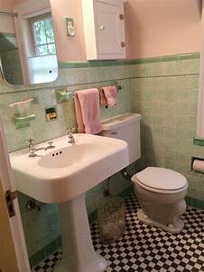 See, Jane, Design, A, Vintage, Style, Green, And, Pink, Tile, Bathroom, For, Her, 1939, Brick, Colonial, House
