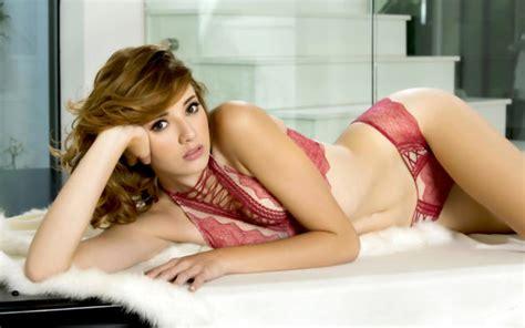 Wallpaper Lena Anderson Blaire Ivory Model Bra Panties Lingerie Non Nude Soft Focus