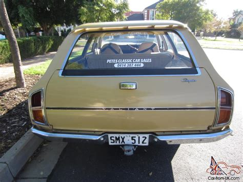valiant cl wagon  auto   km  books cm vh