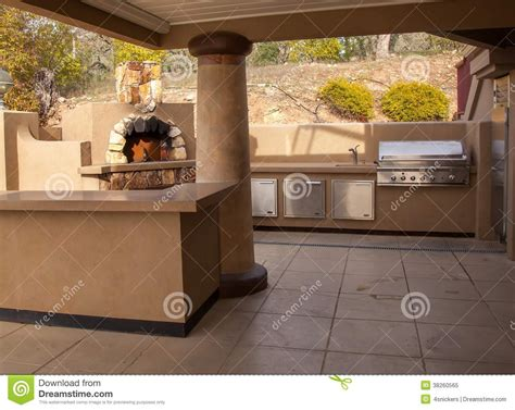 cuisine libre cuisine extérieure de partie photo libre de droits image