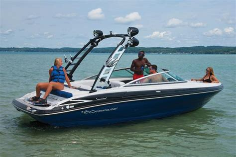 Crownline Boats New by New Crownline 225 Ss Bowrider Boats For Sale Boats