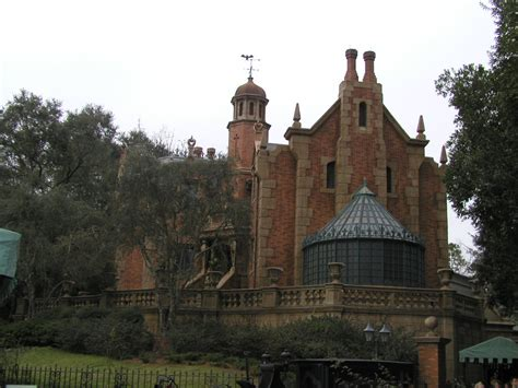 haunted mansion 4 exciting walt disney world refurbishments we can t wait for november 2014 theme park tourist