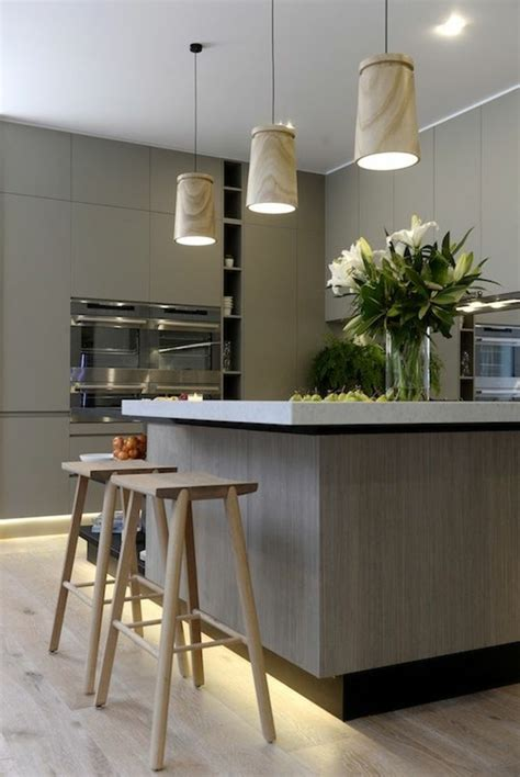 luminaire ilot central cuisine luminaire au dessus d un ilot dootdadoo com idées de