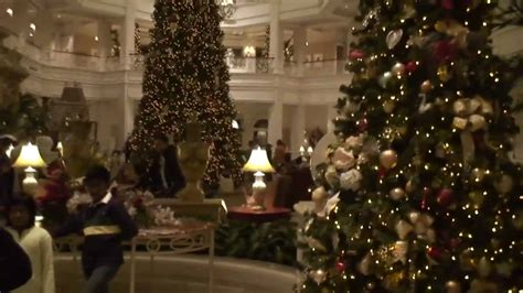 grand floridian christmas decorations tour at walt disney