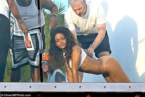 Rihanna Exposes Naked Derriere For Racy Photo Shoot Daily Mail Online