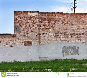 Grungy Brick Wall In Urban City Stock Photo - Image of ...
