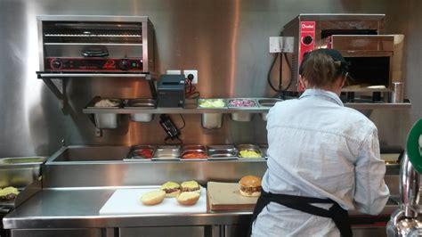 cuisine burger le de darina roomies le burger personnalisable