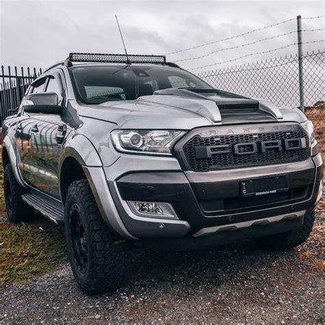 ford ranger with light bar ford ranger wildtrak roof light bar mounting bracket