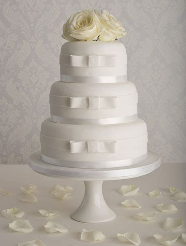 affordable wedding cakes simple wedding cakes  maisie