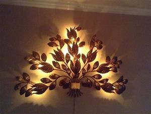Mid century italian sconce gold metal gilt flowers lamp