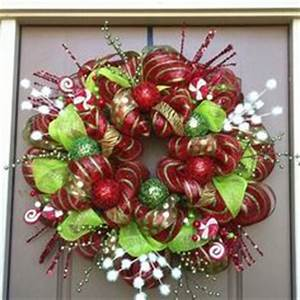 1000 images about Christmas Poly Deco Mesh Wreaths