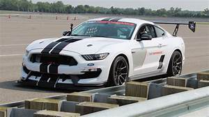 The Ford Performance Mustang FP350S is an incredible turnkey race car - Roadshow