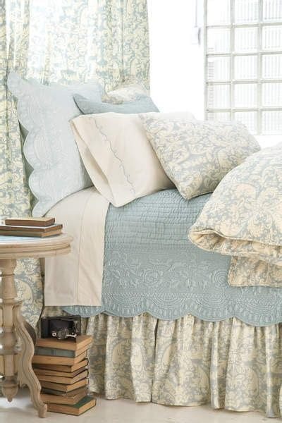 decorate with matelasse via eye for design cottage