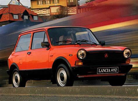 Lancia A112 La Mini De Saab  Boitier Rouge