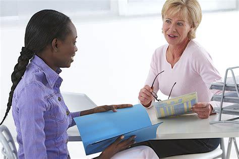 entretien d embauche secretaire comment se comporter en entretien d embauche