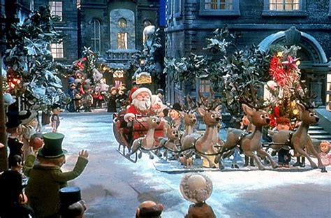 favorite holiday specials movies  yaytime