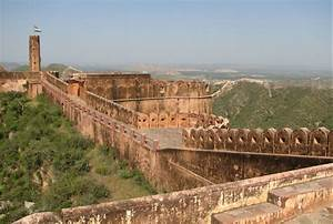 Top 10 Best Places to Visit in Jaipur
