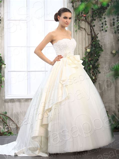 Princess Wedding Dresses With Lace For Luxurious Bridal