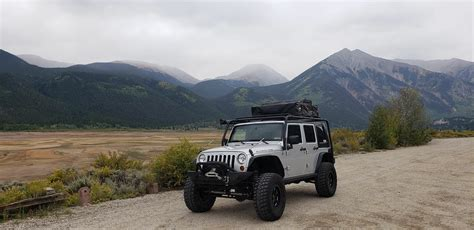 jeep tent camping       jeep