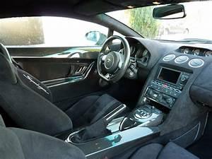Lamborghini Gallardo Interieur : lamborghini gallardo superleggera reportage exclusif ~ Medecine-chirurgie-esthetiques.com Avis de Voitures