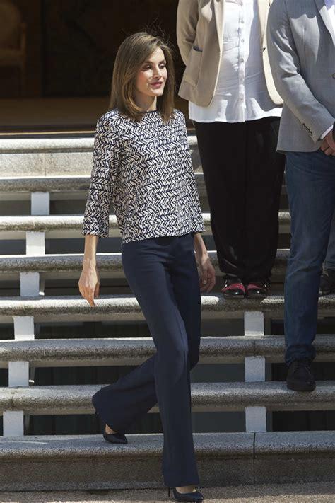 queen letizia  spain print blouse queen letizia