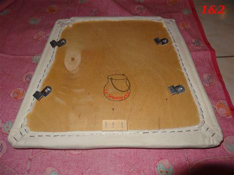 tapisser une chaise en tissu le sewing pot tuto recouvrir une chaise en tissu