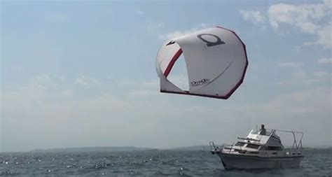 Sailing Boat With Kite by A Cool Kite Sail For Power Boaters Boats