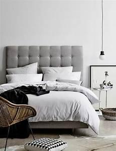 Tete De Lit Chic : choisissez un lit en cuir pour bien meubler la chambre coucher ~ Melissatoandfro.com Idées de Décoration