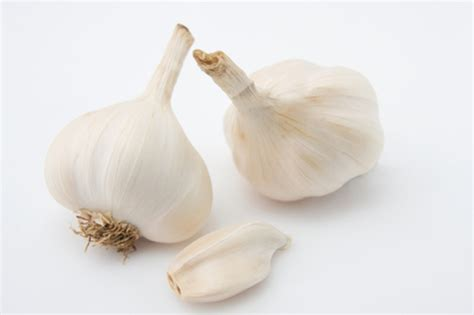 clove of garlic how much is a clove of garlic