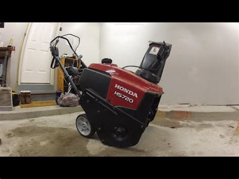 How To Fix A Snow Blower That Won't Start  Honda Hs720as