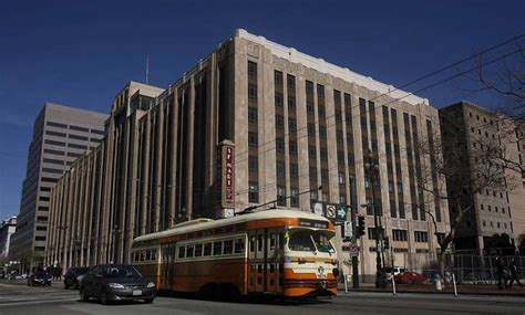 Twitters New Headquarters In San Francisco by Signs Lease For Headquarters In Mid Market Sfgate