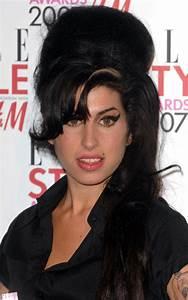 Beauty Flashback: Amy Winehouse beehive