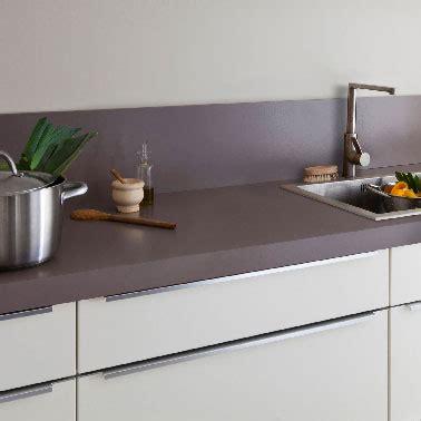 peinture plan de travail cuisine peinture cuisine pour plan de travail et murs