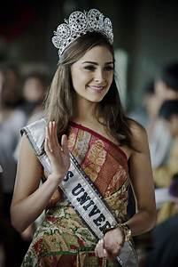 Olivia Culpo Photos Photos - Miss Universe 2012 Olivia ...