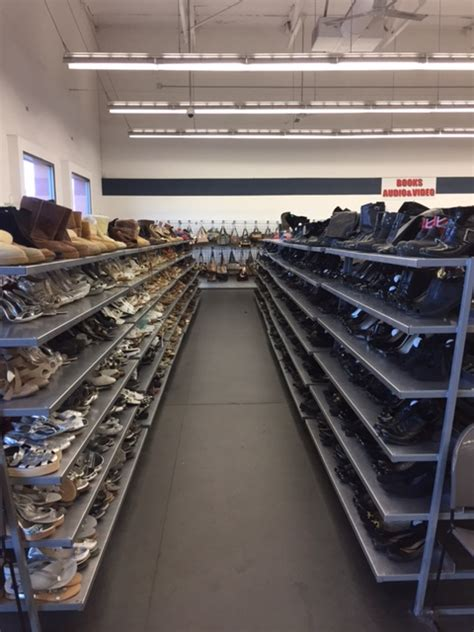 thrift store in escondido valley thrift store
