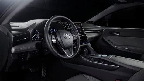 Starting With 2019 Avalon, Toyota Finally Bringing Carplay