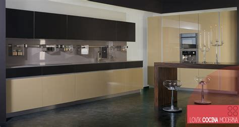 lovik cocina moderna cocina de cristal beige lovik