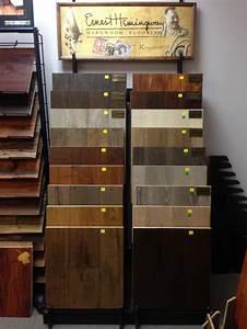 Austin hardwood flooring store with 600 samples for Flooring warehouse austin