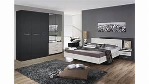Deckkraft Wandfarbe Weiß : streichen in rot grau und beige ~ Michelbontemps.com Haus und Dekorationen