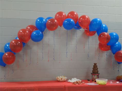 Balloon Arch For The Cake Table. They Are Easy To Make