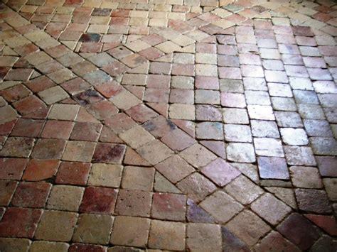 largeur plan de travail cuisine materiaux anciens sol et dallage carrelage en terre cuite
