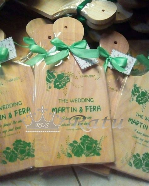 souvenir talenan souvenir nikah souvenir wedding ratu