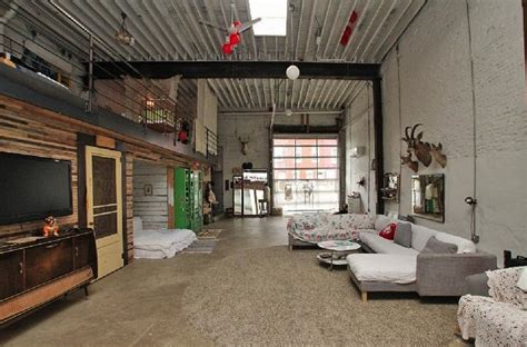 Sold Doub Hanshaw's Incredible Free People Garage Loft