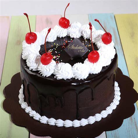kue ulang  chocolate fudge blackforest  cm bulat