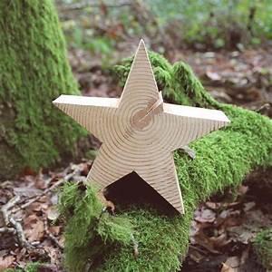 Holzsterne Aus Baumscheiben : die besten 25 holzsterne ideen auf pinterest holzarbeiten zu weihnachten altholz basteleien ~ Yasmunasinghe.com Haus und Dekorationen